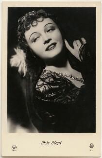 Pola Negri, published by JDA, Riga - NPG x139724