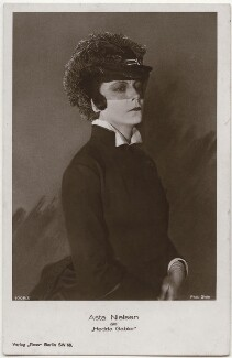 Asta Nielson as Hedda Gabler, by Stein, published by  Ross-Verlag - NPG x139727