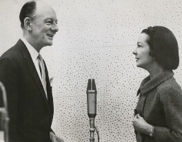 John Gielgud; Vivien Leigh, by Unknown photographer - NPG x139812