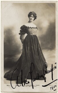Alice Crawford as Ursula in 'Much Ado About Nothing', published by Rotary Photographic Co Ltd, circa 1905 - NPG  - © National Portrait Gallery, London
