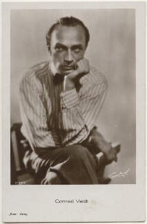 Conrad Veidt, by Unknown photographer, published by  Ross-Verlag - NPG x139834