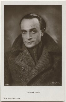 Conrad Veidt, by Binder (Alexander Binder), published by  Ross-Verlag - NPG x139835