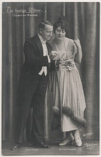 Josef Sieger and Bronis Arnowska in 'The Merry Widow', by Willinger (Margaret Willinger), published by  Photochemie - NPG x139846