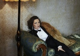 Olivia Colman, by Hana Knizova, 16 October 2014 - NPG x139974 - © National Portrait Gallery, London