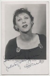 Gwen Ffrangcon-Davies, by Yvonne Gregory - NPG x198099