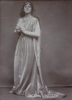 Gertrude Elliott as Ophelia in 'Hamlet', by Lizzie Caswall Smith - NPG x194357
