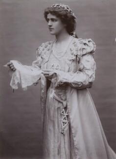 Gertrude Elliott as Desdemona in 'Othello', by Lizzie Caswall Smith - NPG x194358