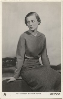 Princess Marina, Duchess of Kent, by Dorothy Wilding, published by  Raphael Tuck & Sons - NPG x193291