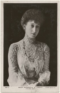 Maud, Queen of Norway, published by Rotary Photographic Co Ltd - NPG x193047