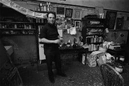 Frank Auerbach, by Bob Collins - NPG x199364