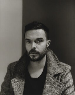 Oliver Jeffers, by Paul Stuart - NPG x199652