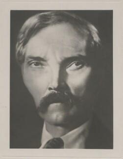 Ramsay MacDonald, by Herbert George Ponting - NPG P2083