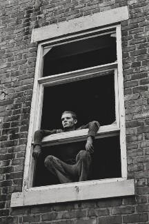 Glenn Murtha ('Glenn in window'), by Tish Murtha - NPG x200069