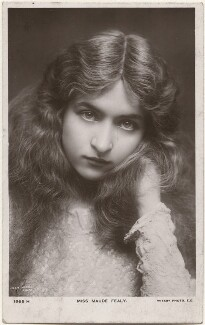 Maude Fealy, by Lizzie Caswall Smith, published by  Rotary Photographic Co Ltd - NPG x200460