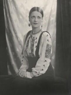Harriet Cohen, by Yvonne Gregory - NPG x199945
