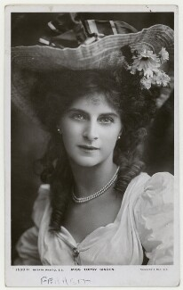 Topsy Sinden, by Foulsham & Banfield, published by  Rotary Photographic Co Ltd - NPG x201218