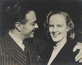 Erno Goldfinger; Ursula Goldfinger (née Blackwell), by Wolfgang Suschitzky - NPG x200742