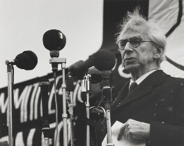 Bertrand Russell (Committee of 100, ban-the-bomb movement), by Wolfgang Suschitzky - NPG x200758