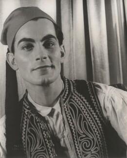 Hugh Laing (né Hugh Skinner), by Carl Van Vechten - NPG x194432