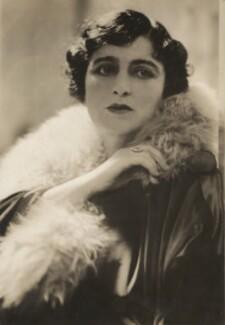 Maxine Elliott (Jessie Dermott), by Arnold Genthe - NPG x194467