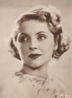Dorothy Hyson, by Dorothy Wilding - NPG x194493