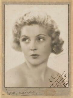 Dorothy Hyson, by Dorothy Wilding - NPG x194494