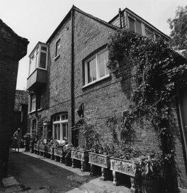 Exterior of Dorothy Wilding's last studio, by John Adriaan - NPG x200894