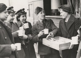 Violet Helen (née Millar), Countess Attlee serving refreshments to members of the RAF and WAAF, by Unknown photographer - NPG x198580
