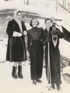 Thelma (née Morgan), Viscountess Furness; Dorothée Mabel (née Lewis), Lady Plunket; Patrick Terence William Span Plunket, 7th Baron Plunket, by Unknown photographer - NPG x196072