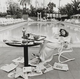 Faye Dunaway, by Terry O'Neill - NPG x201264