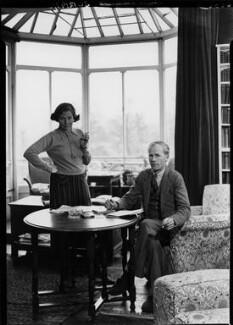 George Douglas Howard Cole; Dame Margaret Isabel Cole, by Howard Coster, 1938 - NPG x10864 - © National Portrait Gallery, London
