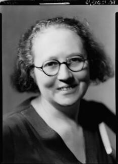 (Margaret) Leonora Eyles (née Pitcairn) (Mrs D.L. Murray), by Howard Coster, 1934 - NPG x11796 - © National Portrait Gallery, London