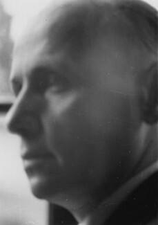 Kurt Hahn (Matthias Robert Martin), by Howard Coster - NPG x20857