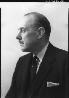 Oliver Lyttelton, 1st Viscount Chandos, by Howard Coster - NPG x23573