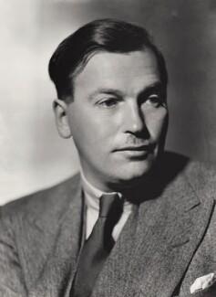 (Edward Godfree) Richard Aldington, by Howard Coster, 1931 - NPG x2427 - © National Portrait Gallery, London