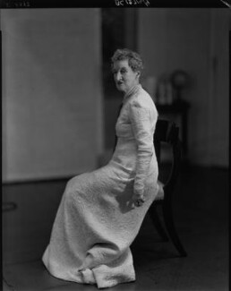 Margaret Emma Alice ('Margot') Asquith (née Tennant), Countess of Oxford and Asquith, by Howard Coster - NPG x24274