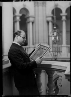 John Rothenstein, by Howard Coster, 1939 - NPG x24362 - © National Portrait Gallery, London