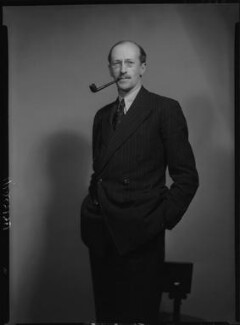 Sir Basil Henry Liddell Hart, by Howard Coster, 1939 - NPG x25401 - © National Portrait Gallery, London