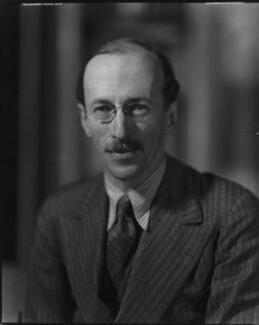 Sir Basil Henry Liddell Hart, by Howard Coster, 1934 - NPG x25783 - © National Portrait Gallery, London