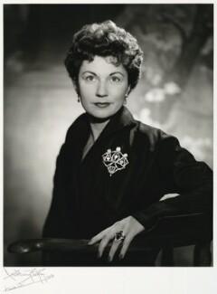 Eileen Herlie herlie hamlet