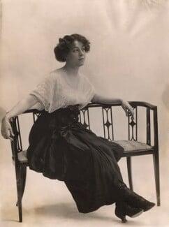 Maud Andrew as Susan in 'Grumpy', by Bassano Ltd, 1913 - NPG x83003 - © National Portrait Gallery, London