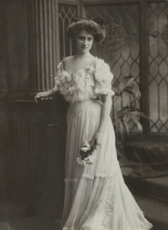 Daisy Markham, by Bassano Ltd, 1906 - NPG x83213 - © National Portrait Gallery, London
