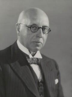 Sir Walter Samuel Kinnear, by Bassano Ltd - NPG x83689