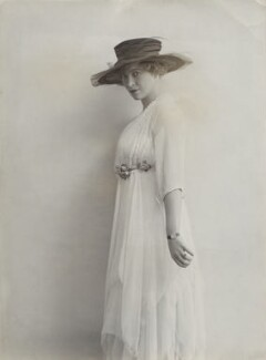 Dorothy Moulton-Mayer, by Bassano Ltd - NPG x83853