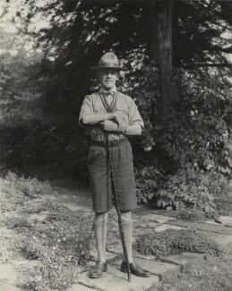 Sir Percy Winn Everett, by Bassano Ltd - NPG x84197