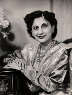 Begum Zubeida Habib Rahimtoola (née Chinoy), by Bassano Ltd - NPG x84516