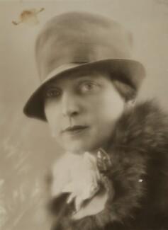 Edna Thomas, by Bassano Ltd - NPG x84896