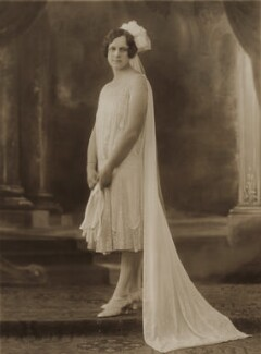 Dora Triggs, by Bassano Ltd, 1926 - NPG x84935 - © National Portrait Gallery, London