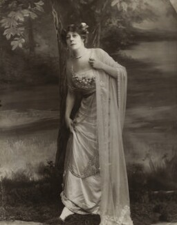 Violet Vanbrugh (Violet Augusta Mary Barnes), by Bassano Ltd - NPG x84950