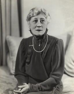 Violet Vanbrugh (Violet Augusta Mary Barnes), by Bassano Ltd - NPG x84953